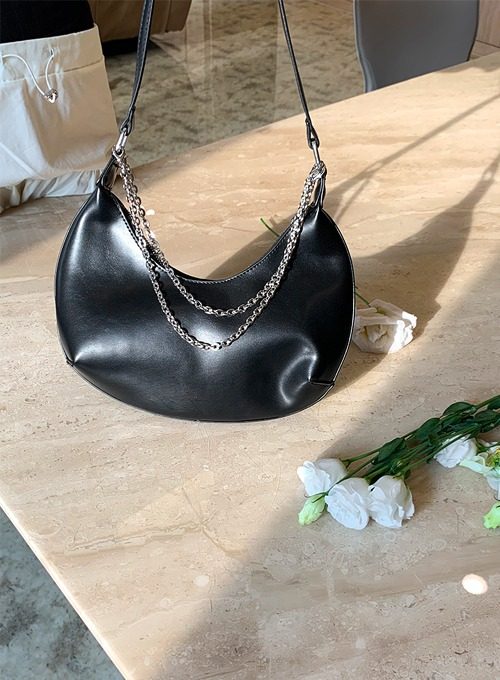 two chain half moon bag  (2colors!)