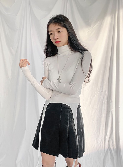 turtle neck tail top (2colors!)